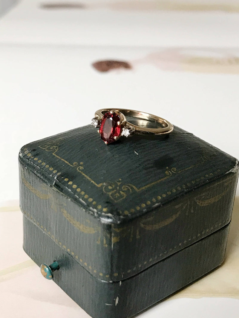 Vintage garnet and diamond ring | 14k gold two diamond garnet trilogy ring | January birthstone birthday 2nd anniversary ring | size 5.5