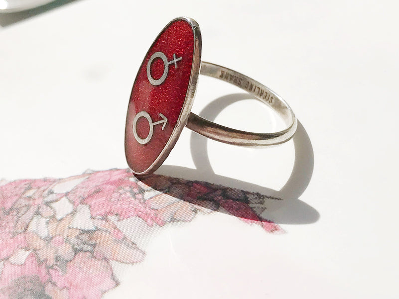 Vintage enamel man woman mars venus ring | oval red statement ring | 1970's hippie bohemian sexual identity political ring | size 6 1/4