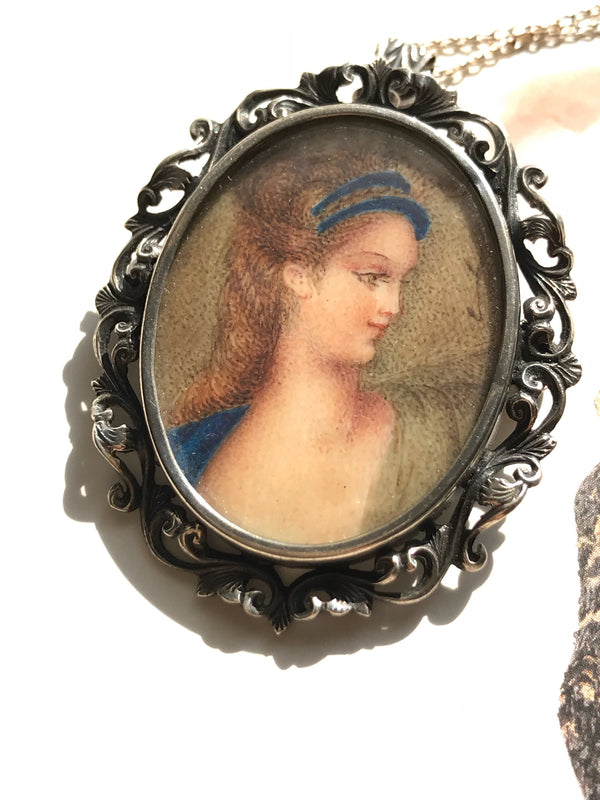 Vintage painting necklace | 1940's hand painted renaissance lady woman pendant brooch | Art Deco romantic 2 in 1 bridal jewelry