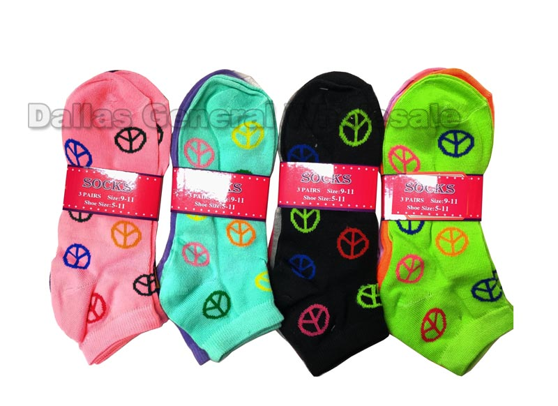 Ladies Casual Peace Sign Ankle Socks