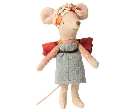 Big Sister Hiker Mouse
