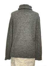 Load image into Gallery viewer, Grey Banana Republic L/S Merino Wool Sweater, s