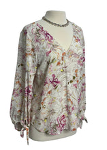 Load image into Gallery viewer, Cream and Pink Anthropologie Maeve Long-sleeved Top, M