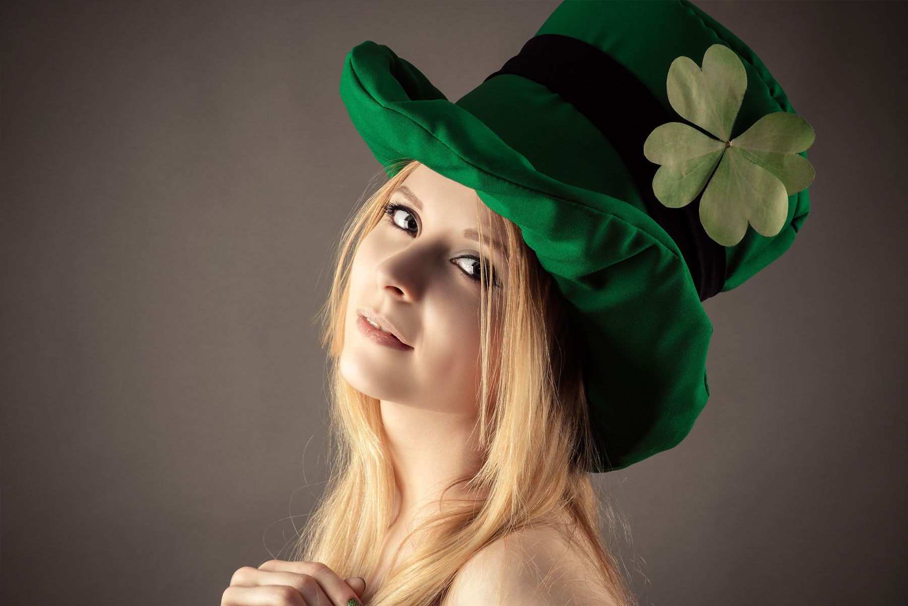 e229ff939 A Comprehensive St. Patrick's Day Style Guide - Look You're Best In Green