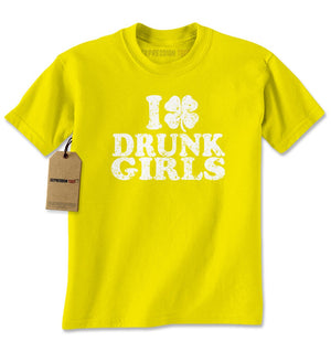 I Love Drunk Girls Shamrock Mens T-shirt