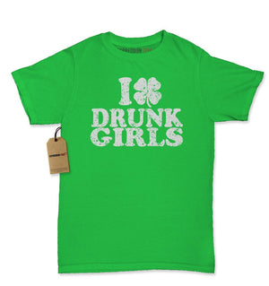 I Love Drunk Girls Shamrock Womens T-shirt
