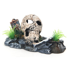 Load image into Gallery viewer, Pirate Skull Aquarium Ornament