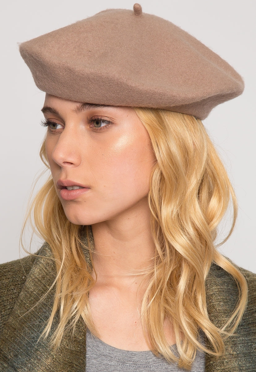 Lovely Beret in Brown - Hat & Hair - Wetseal