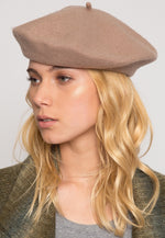 Lovely Beret in Brown