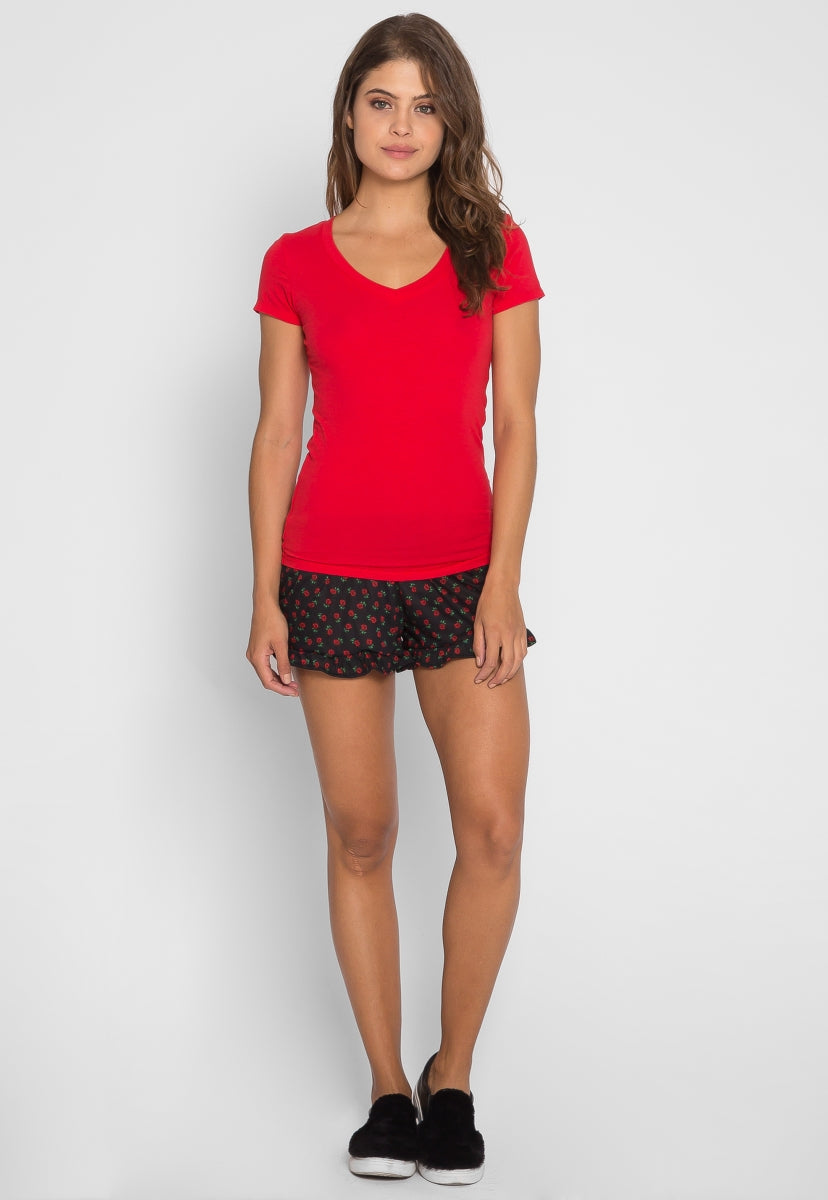 Olivia Fitted V-Neck Tee in Red - T-shirts - Wetseal