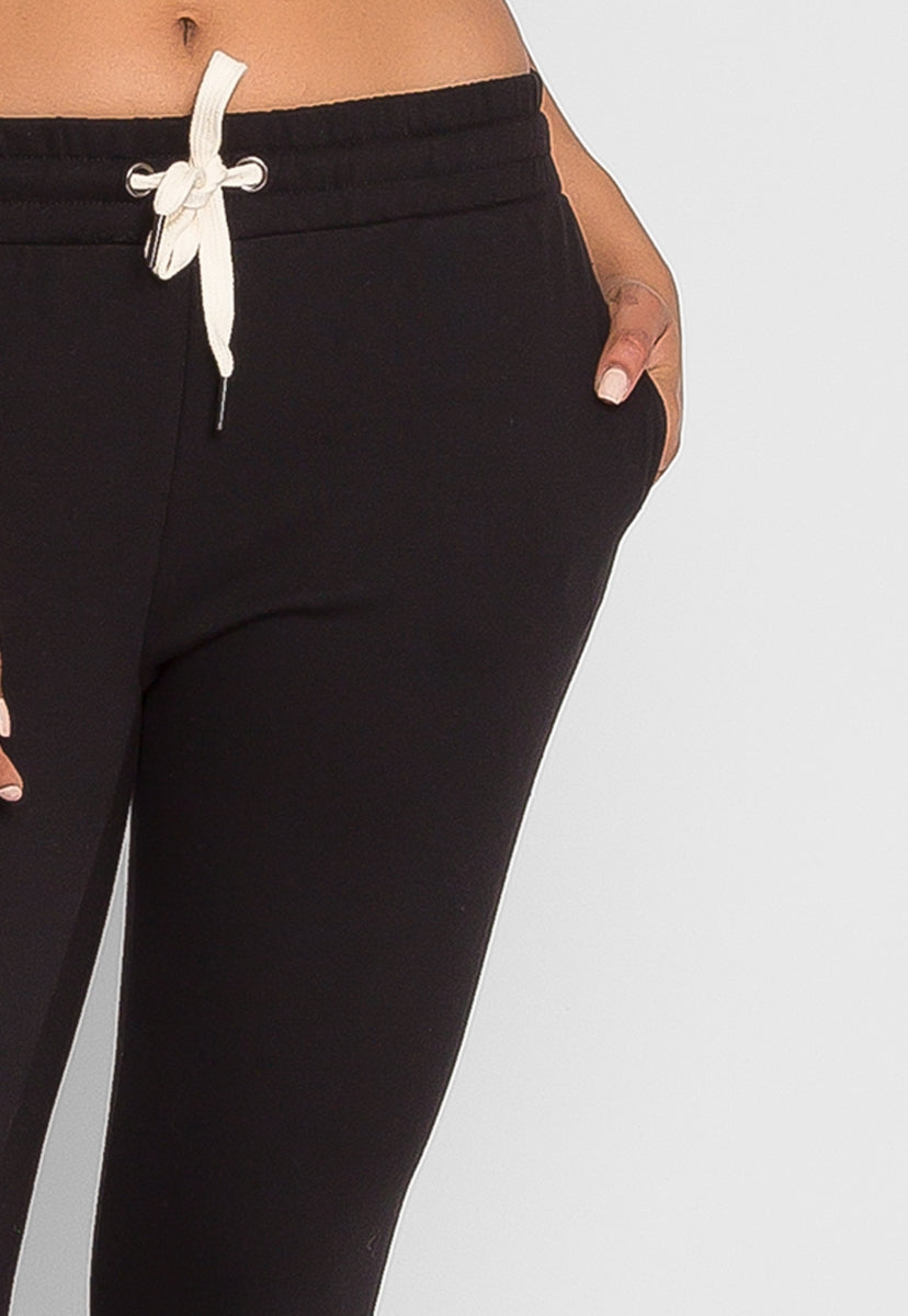 Capri Crop Joggers in Black - Pants - Wetseal