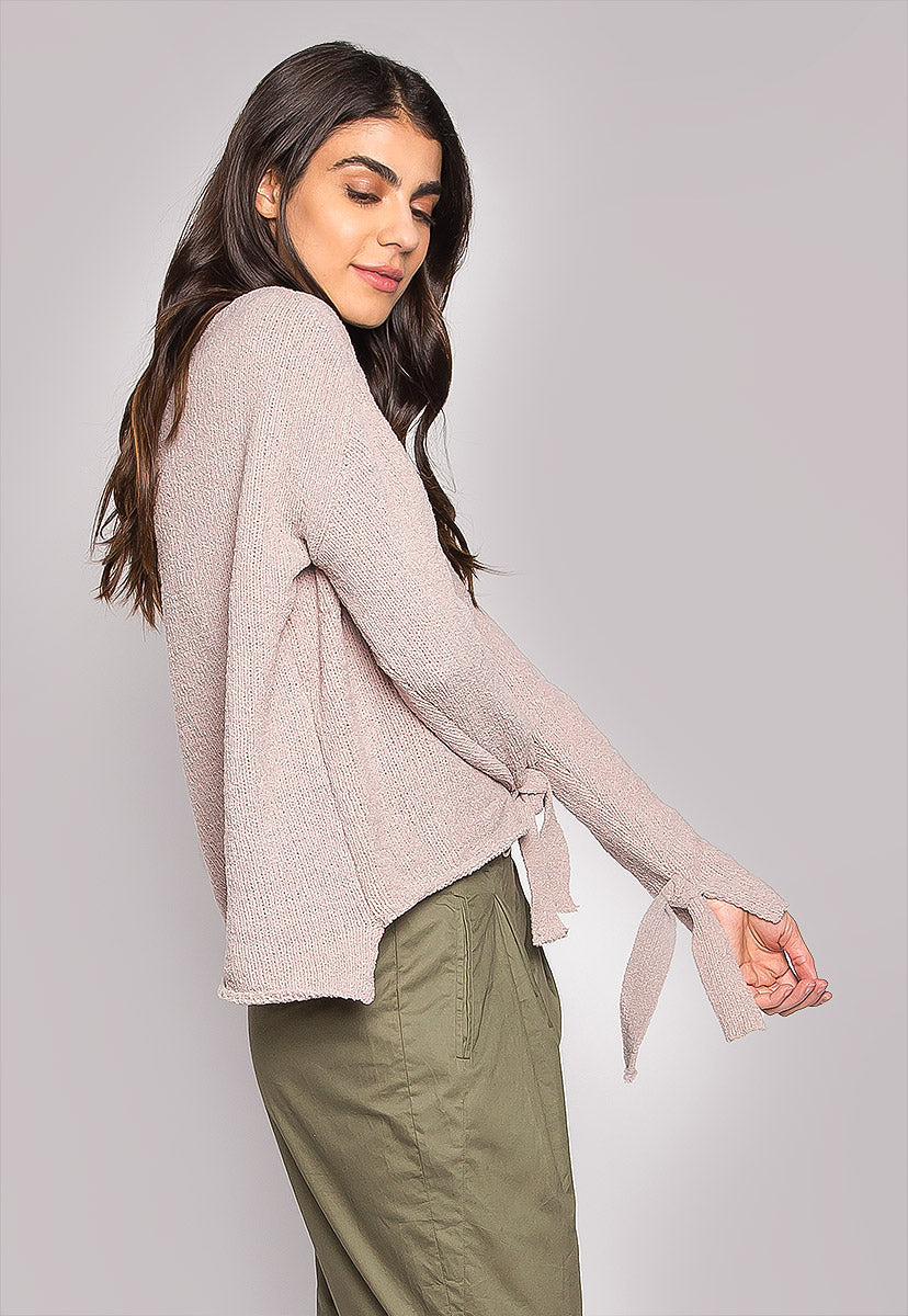 Teddy Bear Tie Sleeves Dipped Hem Sweater - Sweaters & Sweatshirts - Wetseal