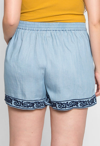 Plus Size Embroidered Shorts