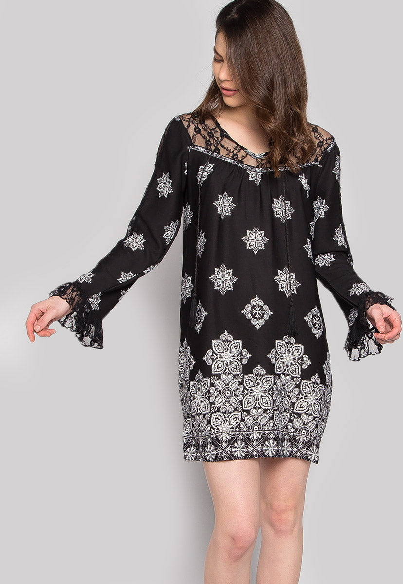 Feeling Confident Lace Panel Printed Dress - Dresses - Wetseal