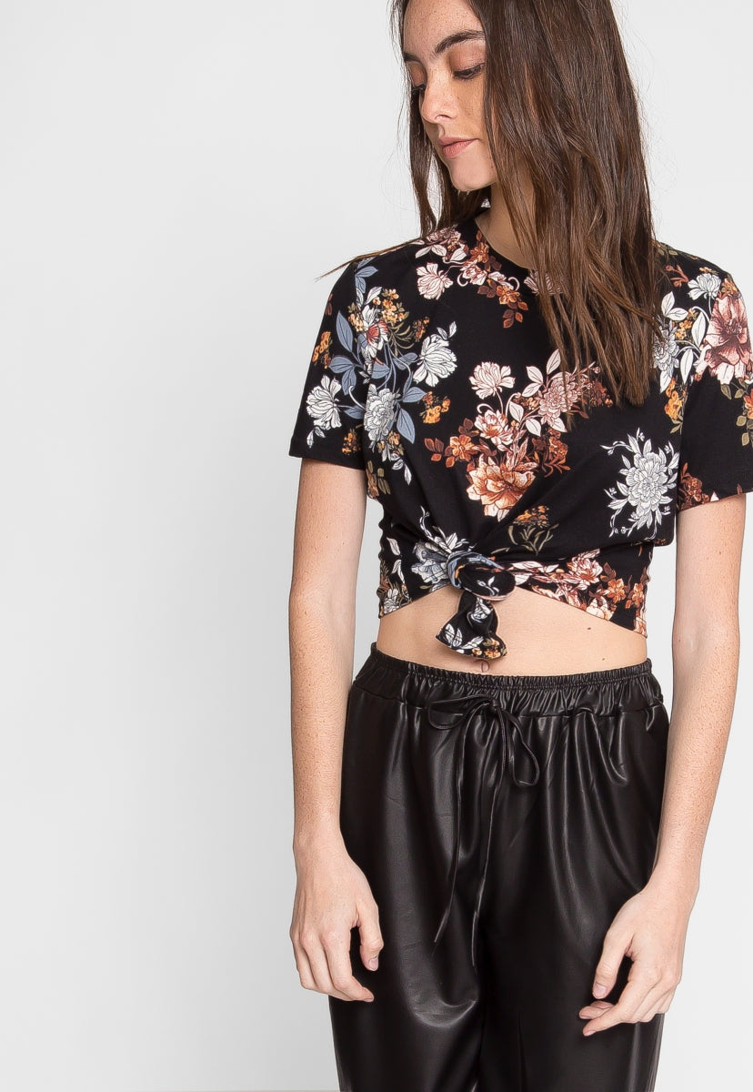 Kisses Floral Crop Tee - Shirts & Blouses - Wetseal