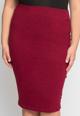 Plus Size Basic Knit Skirt in Burgundy