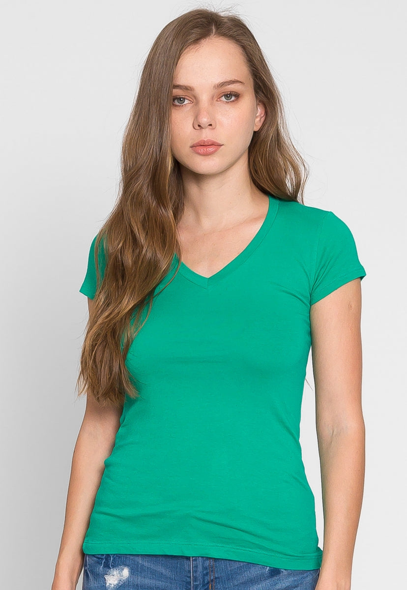 Chill V-Neck Basic Tee in Green - T-shirts - Wetseal