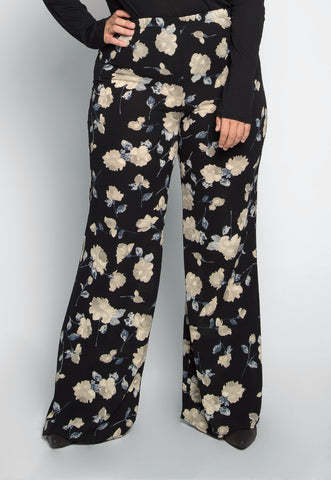Plus Size Lucky in Love Floral Pants