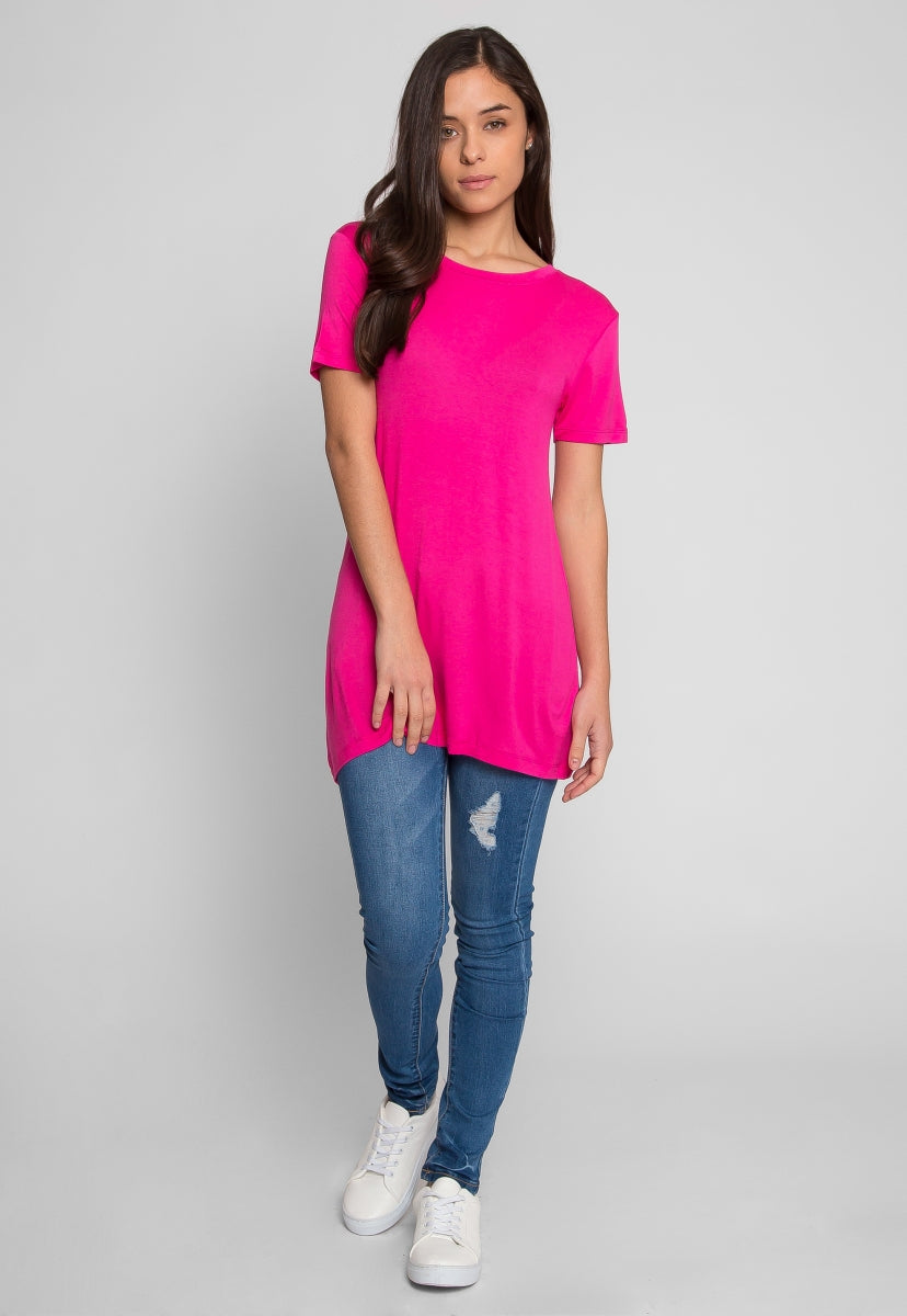 The Seal Basic Tee in Pink - T-shirts - Wetseal