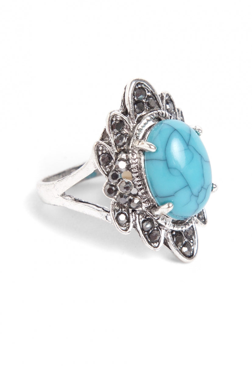 Queen Rhinestone Ring in Light Blue - Jewelry - Wetseal
