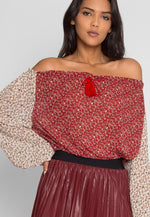 Pembrooke Floral Top in Red