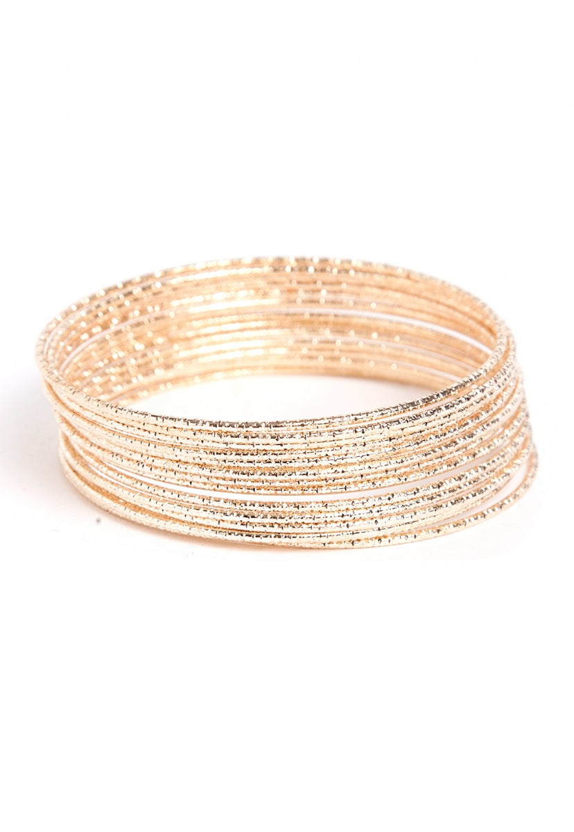 Alicia Bangle Set in Gold - Jewelry - Wetseal