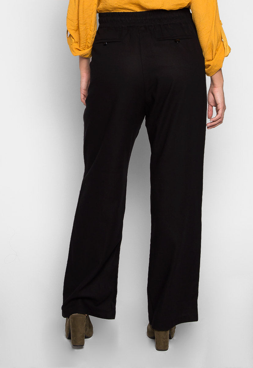 Plus Size April Drawstring Pants in Black - Plus Bottoms - Wetseal