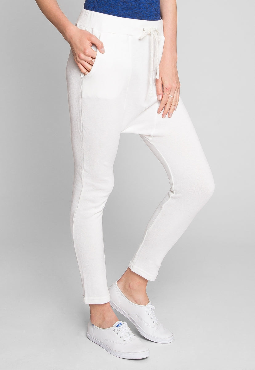 Baggy sweatpants in white - Pants - Wetseal
