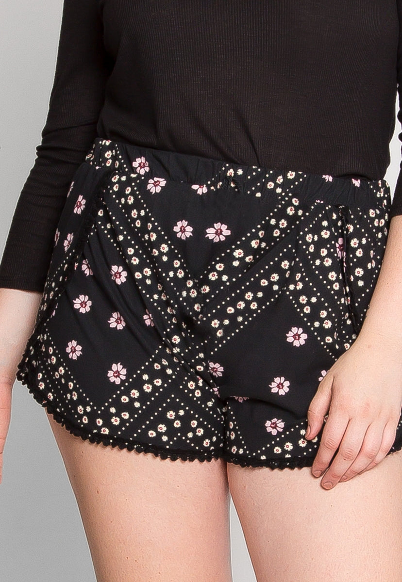 Plus Size Ponderosa Tulip Shorts - Plus Bottoms - Wetseal