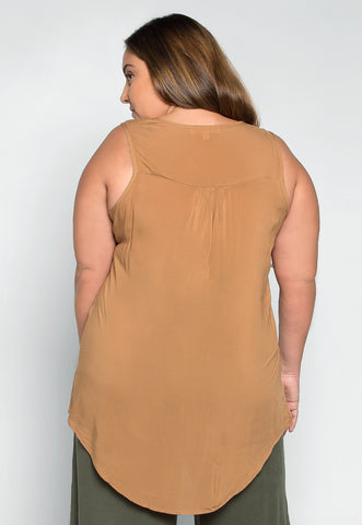 Plus Size Premonition Sleeveless Blouse in Brown