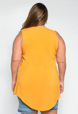 Plus Size Premonition Sleeveless Blouse in Yellow