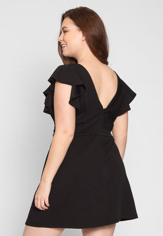 Plus Size Chic Flounce Sleeve Dress in Black