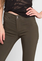 Arctic Skinny Pants in Olive