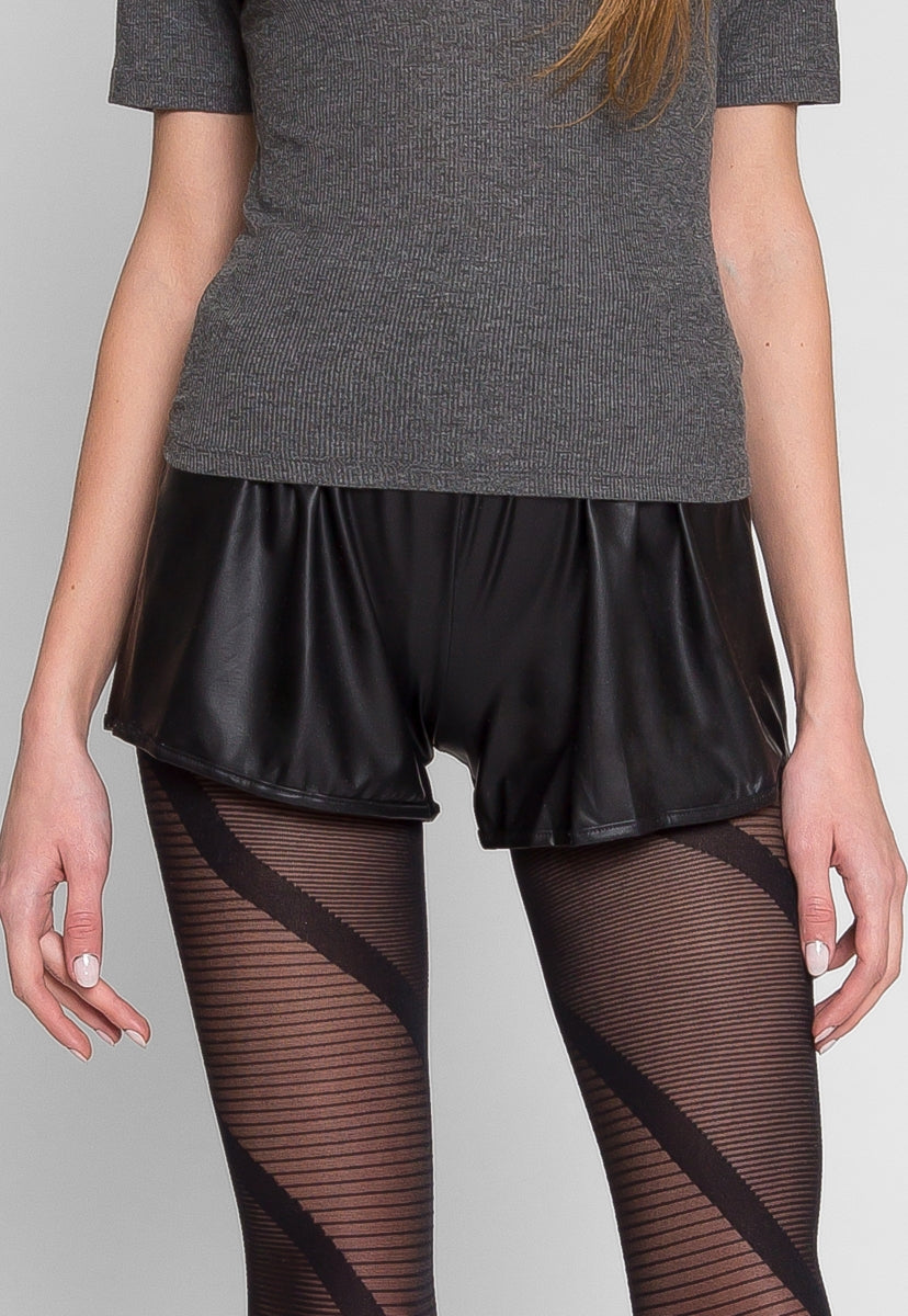 ABBOT FAUX LEATHER SHORTS - Short - Wetseal
