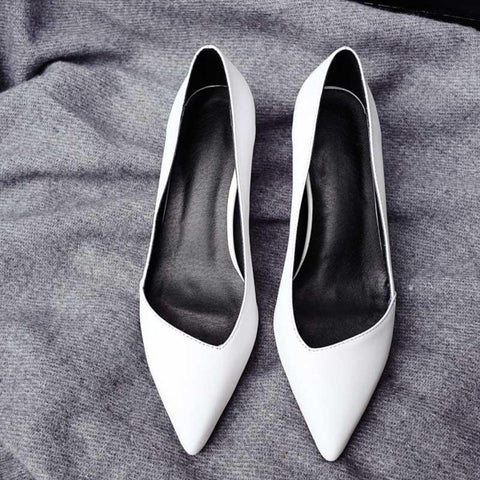 Pointed V-shaped shallow mouth stiletto heel leather shoes