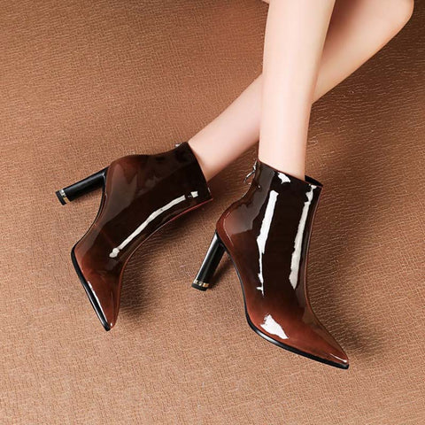 2019 winter new fashion short tube high-heeled pointed female gradient Martin boots