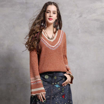 2019 winter new V-neck embroidered loose sweater