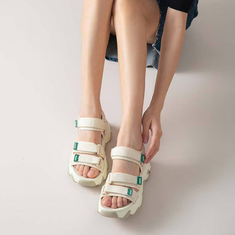 2020 summer new women's sports sandals fashion Velcro student wild thick bottom women's shoes