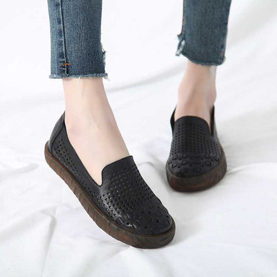 Casual retro leather hollow soft bottom flat shoes
