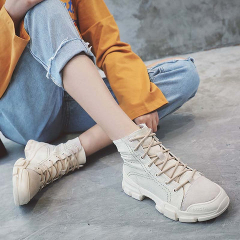 2019 spring and autumn leather outdoor casual high shoes