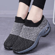 Solid color air cushion foot woven sneakers