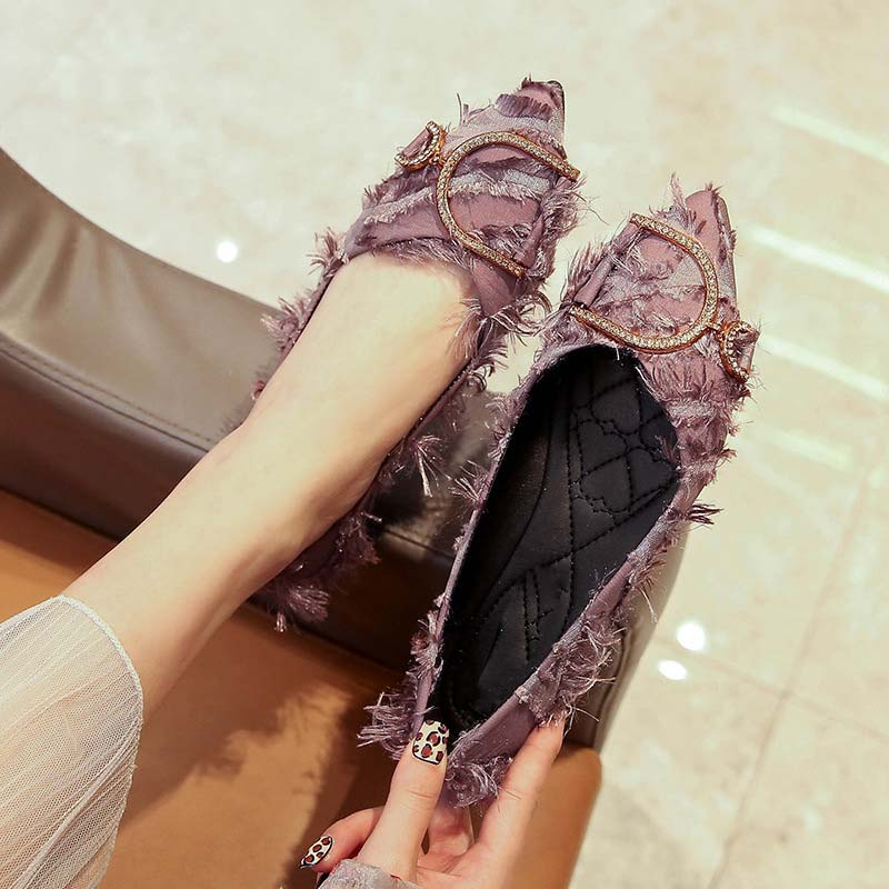 Fashion Solid Color Tassel Rhinestones Sequins Point Toe Loafers