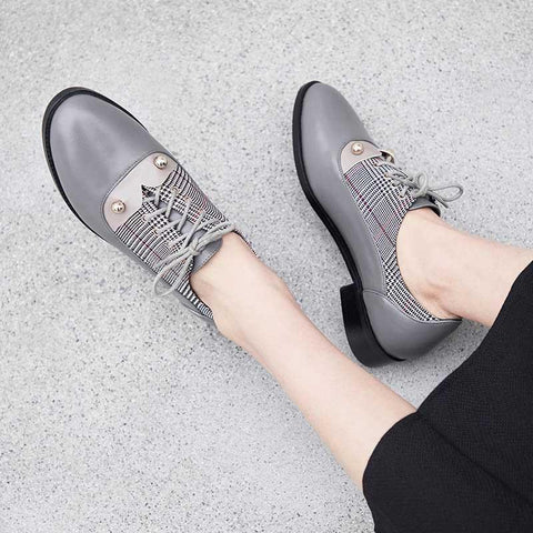 Round head British retro thick heel color matching leather shoes