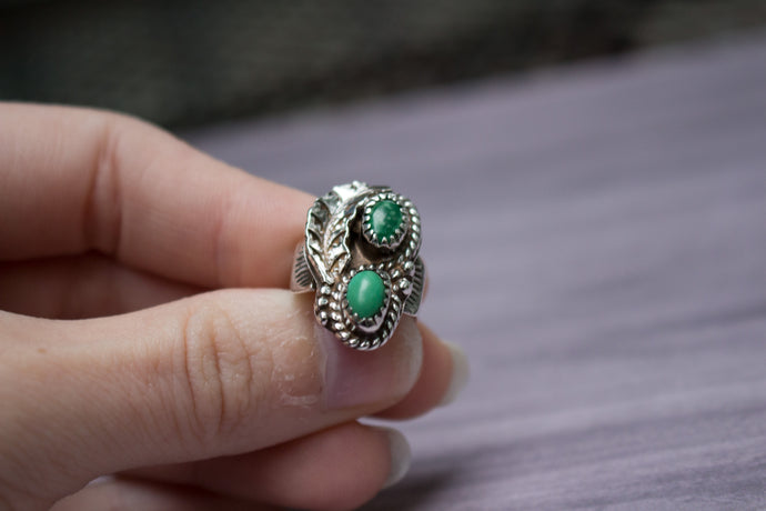 Vintage Native American Sterling Silver Green Variscite Leaf Pinky Ring, Size 3