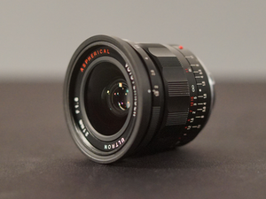 Voigtlander Ultron 21mm f/1.8