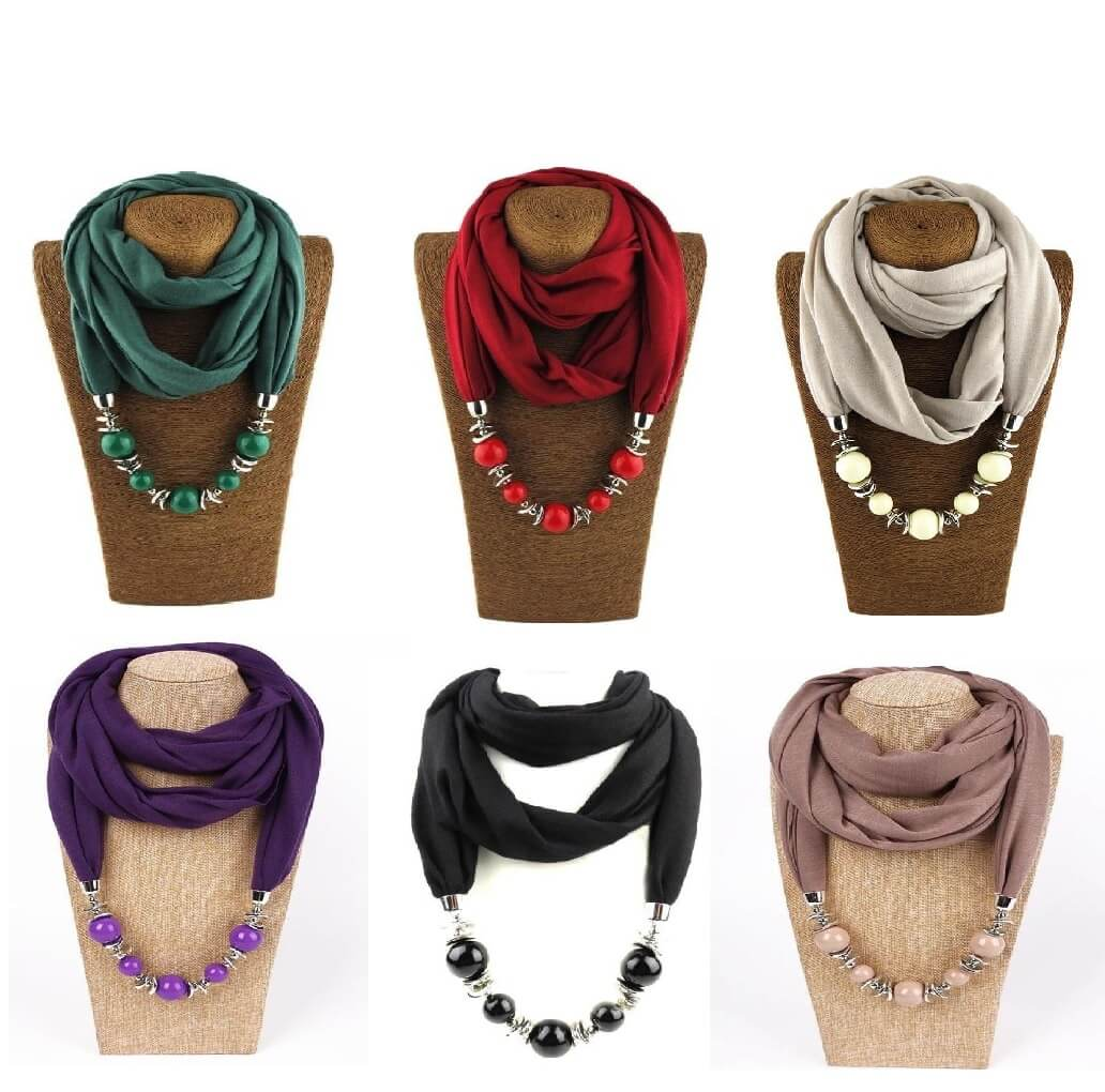 Tie your Hijab with accessories on