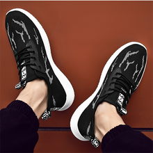 Load image into Gallery viewer, Flame Light And Breathable Trend Men's Casual Sports Shoes