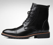 Load image into Gallery viewer, Men's Bullock carved casual Martin boots