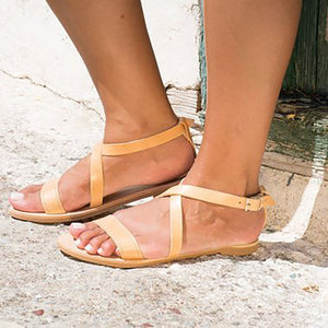 Open-Toed Flat-Bottomed Sandals