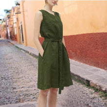 Load image into Gallery viewer, Fashion V Collar Sleeveless Solid Color Frenulum Dress